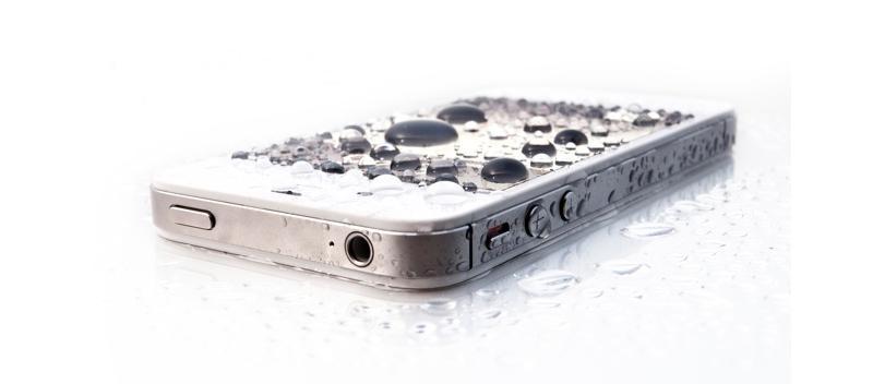 мокрый айфон