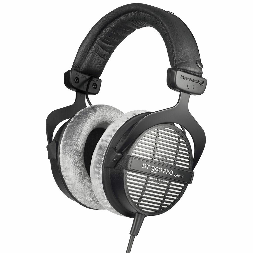 Рейтинг лучших студийных наушников для профессиональной студии звукозаписи