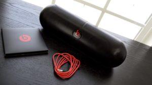 Обзор портативных Bluetooth-колонок Beats Pill+ и 2.0